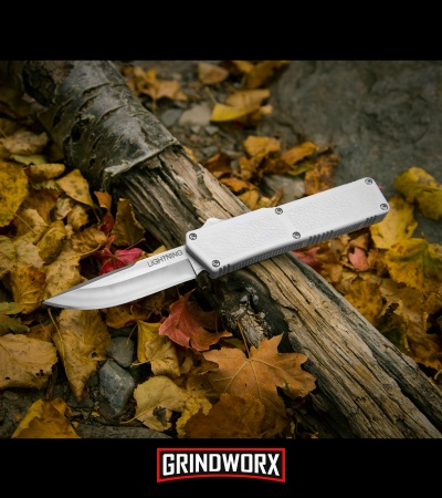 Lightning White D/A OTF Automatic Knife - Satin Plain